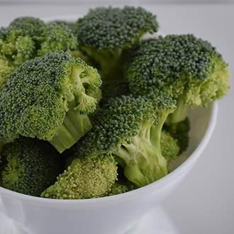 leafy-greens-broccoli